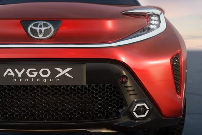 SUV mới của Toyota lộ diện với thiết kế lạ lẫm ảnh 13