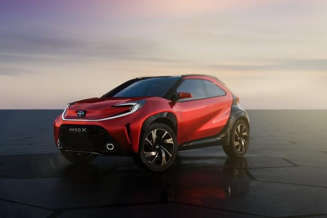 SUV mới của Toyota lộ diện với thiết kế lạ lẫm ảnh 7