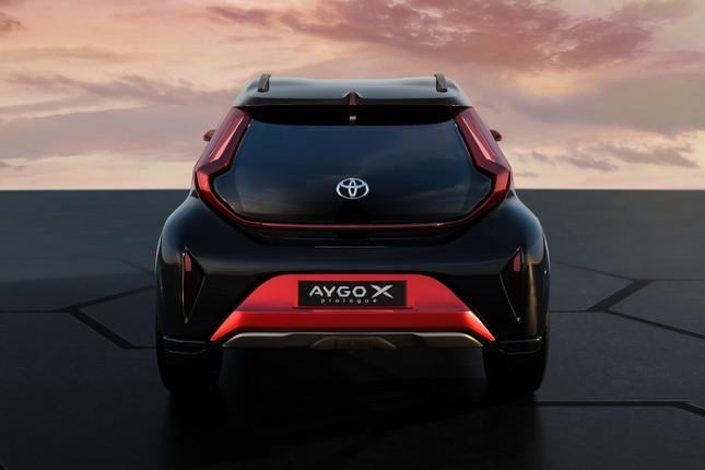 SUV mới của Toyota lộ diện với thiết kế lạ lẫm ảnh 11