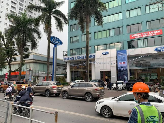 Chủ xe Ford diễu hành đòi quyền lợi ở Hà Nội ảnh 6