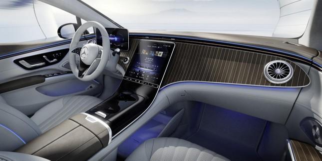 Mercedes-Benz EQS sở hữu màn hình cực khủng ảnh 2