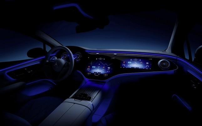 Mercedes-Benz EQS sở hữu màn hình cực khủng ảnh 4