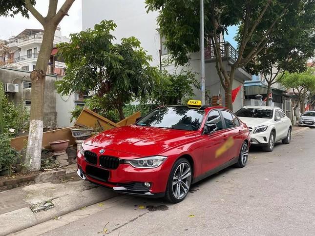 Xe BMW chạy taxi: Chỉ là chiêu trò 'câu view'? ảnh 2