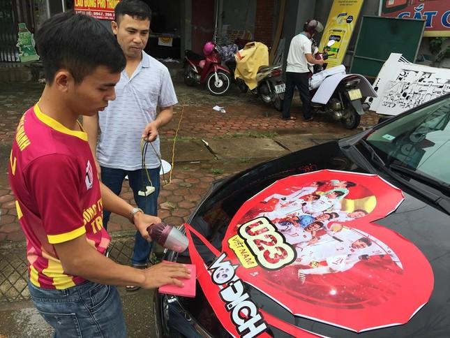 Quê nhà trung vệ Tiến Dũng rực cờ đỏ trước bán kết Việt Nam - Hàn Quốc ảnh 1