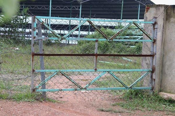 Cảnh hoang tàn bên trong dự án nuôi bò nghìn tỷ ở Hà Tĩnh ảnh 5