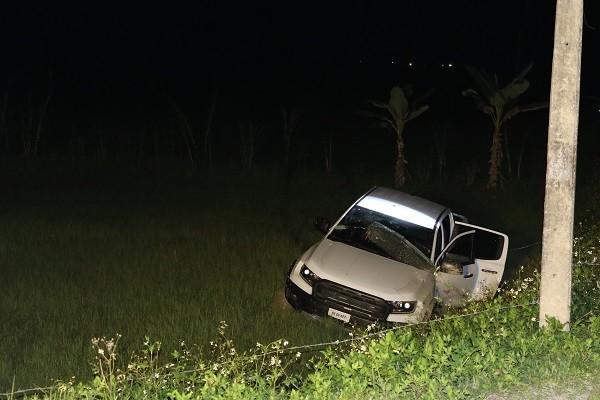Lý lịch bất hảo của các nghi phạm cầm súng, ôm lưu đạn cố thủ trên xe ảnh 4