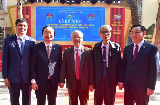 Tổng Bí thư, Chủ tịch nước Nguyễn Phú Trọng về thăm trường cũ ảnh 1