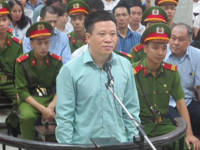 Hà Văn Thắm có giúp Nguyễn Xuân Sơn chiếm đoạt tiền của mình? ảnh 1