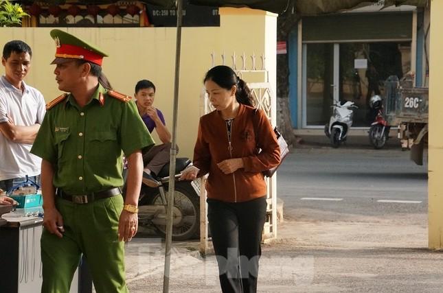 Xử gian lận thi ở Sơn La: Không giao việc, triệu tập 27 nhân chứng quan trọng ảnh 4