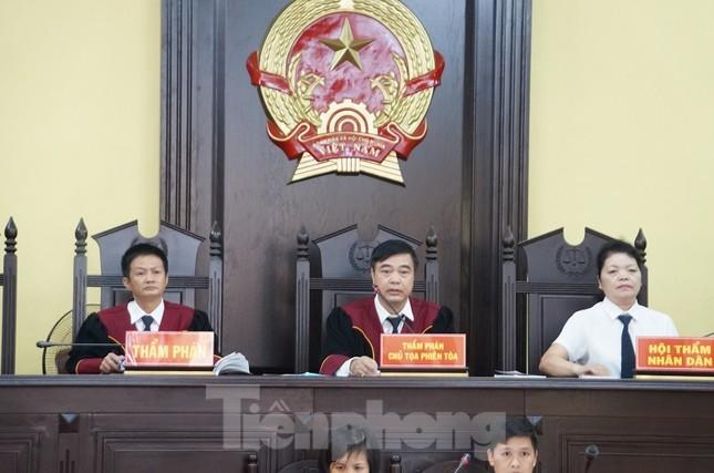 Xử gian lận thi ở Sơn La: Không giao việc, triệu tập 27 nhân chứng quan trọng ảnh 5