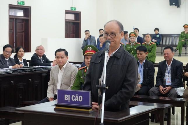 Hai cựu Chủ tịch Đà Nẵng bị đề nghị 18 đến 27 năm tù ảnh 1