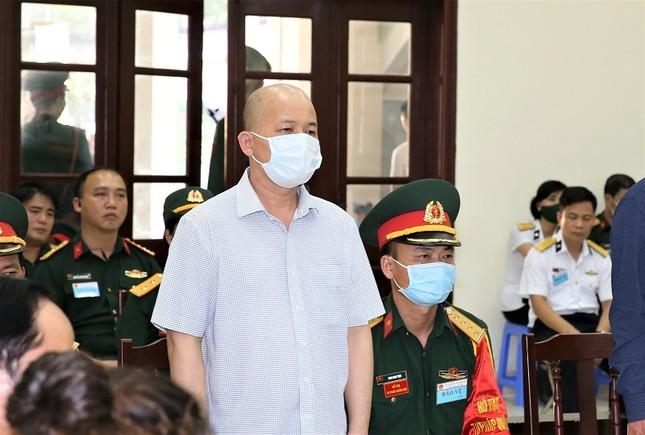 Cựu thứ trưởng Nguyễn Văn Hiến bị phạt 4 năm tù giam ảnh 3