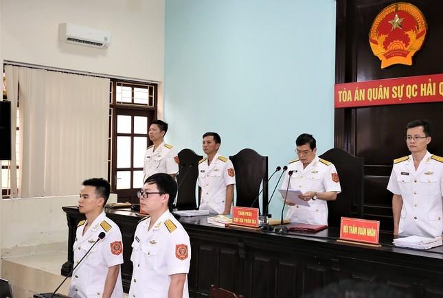 Cựu thứ trưởng Nguyễn Văn Hiến bị phạt 4 năm tù giam ảnh 1