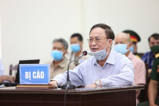 Cựu thứ trưởng Nguyễn Văn Hiến xin giảm nhẹ hình phạt cho cấp dưới ảnh 1