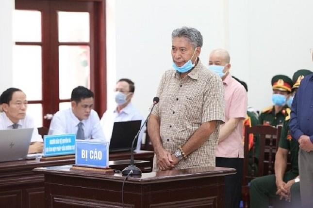 Cựu thứ trưởng Nguyễn Văn Hiến xin giảm nhẹ hình phạt cho cấp dưới ảnh 2