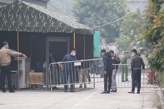 Thắt chặt an ninh tại phiên tòa xử cựu Chủ tịch Hà Nội Nguyễn Đức Chung ảnh 2