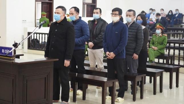 Lừa 1.100 tỷ đồng, Chủ tịch Liên Kết Việt bị phạt tù chung thân ảnh 2