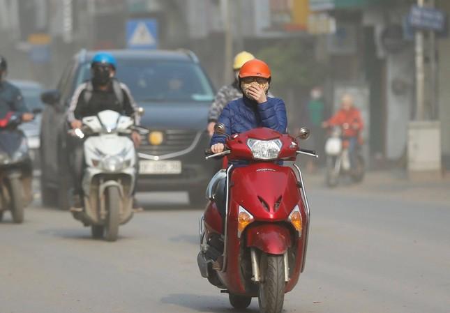 Vì sao Hà Nội vẫn ô nhiễm không khí dù đang giãn cách xã hội? ảnh 1