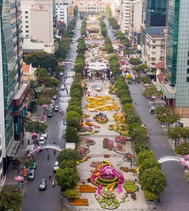 Ngắm đường hoa Nguyễn Huệ trước giờ khai mạc ảnh 16