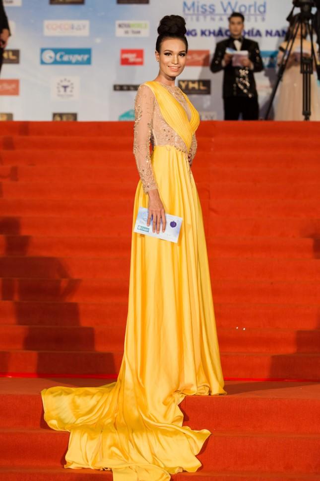 Dàn hoa hậu, á hậu khoe sắc trên thảm đỏ chung khảo Miss World Việt Nam ảnh 10