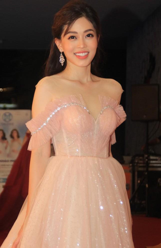 Dàn hoa hậu, á hậu khoe sắc trên thảm đỏ chung khảo Miss World Việt Nam ảnh 3