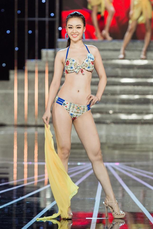 Vóc dáng nóng bỏng của người đẹp Miss World Việt Nam với bikini ảnh 13