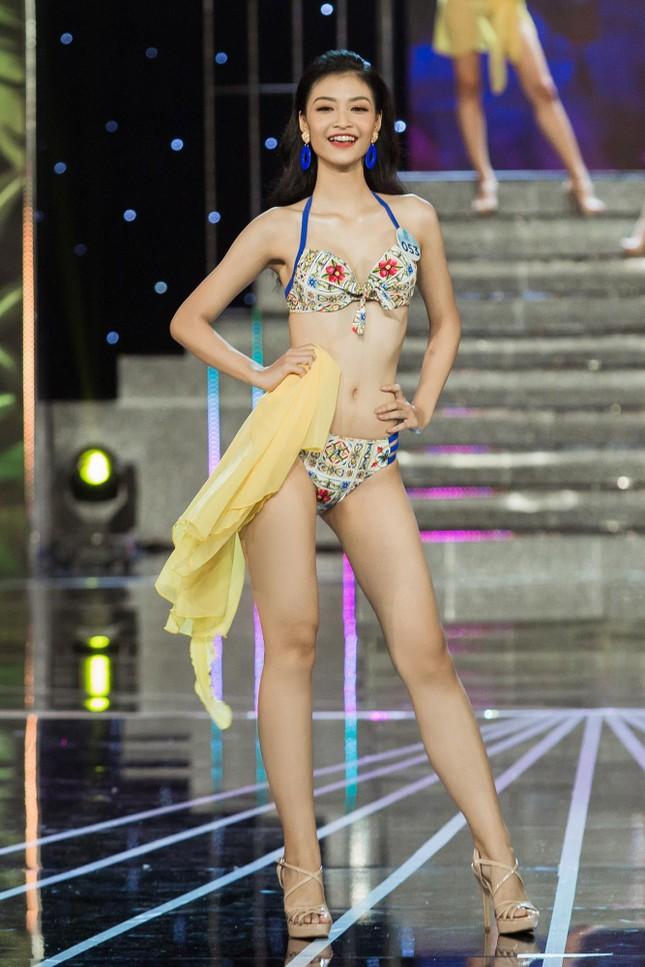 Vóc dáng nóng bỏng của người đẹp Miss World Việt Nam với bikini ảnh 3