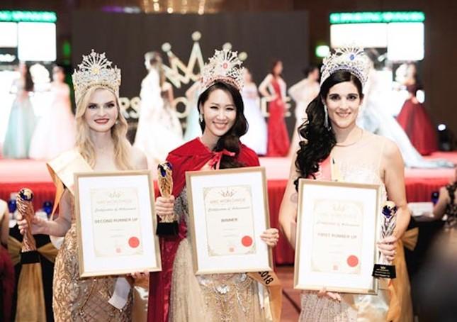 Lê Vũ Hoàng Hạt tiếp bước Dương Thùy Linh chinh chiến tại 'Mrs Worldwide 2019' ảnh 2