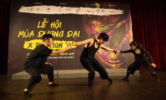 Đạo diễn nổi tiếng Danny Tan đưa Lễ hội múa đương đại quốc tế tới Việt Nam ảnh 3