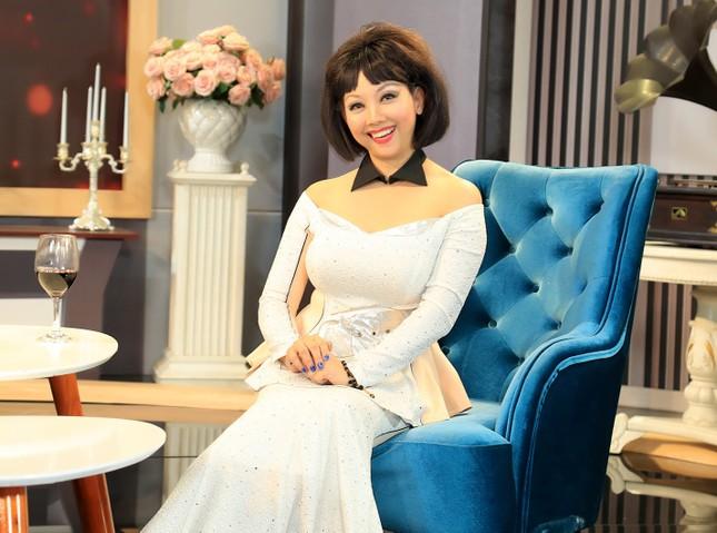 Lê Hoàng: Đạo nhái thời trang phổ biến đến mức 'chán chả buồn nói' ảnh 2