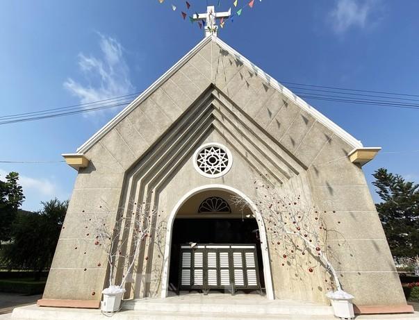 Sở VH&TT chính thức trao bằng xếp hạng Di tích cho Nhà thờ Thủ Thiêm ảnh 2