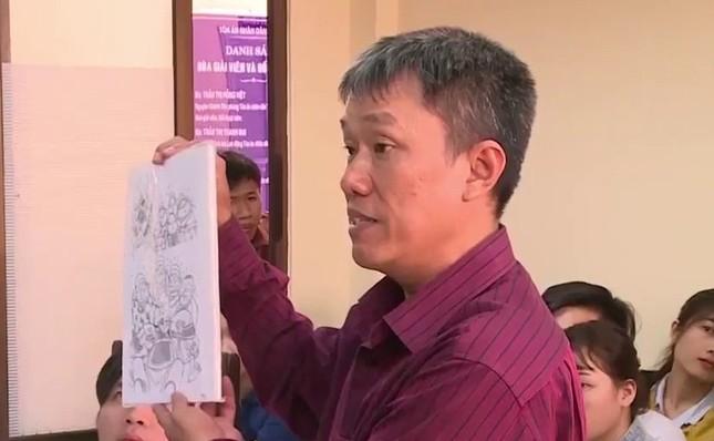 Hoạ sỹ Lê Linh nhận 15 triệu đồng tiền bồi thường cho 12 năm đi kiện ảnh 2