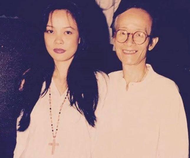 Ca sĩ Hồng Hạnh nói gì khi được coi là 'bóng hồng' của nhạc sĩ Trịnh Công Sơn? ảnh 1