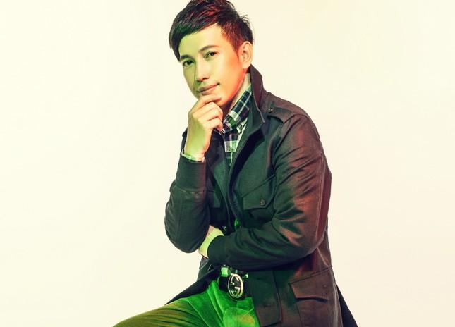 Giữa mùa chống dịch COVID-19, ca sỹ Y Thanh ra MV 'Smile' phiên bản Funk ảnh 1