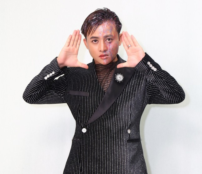 Hotboy Henry Ngọc Thạch đi hát với cát-xê 80 ngàn đồng còn bị ép mất show ảnh 3