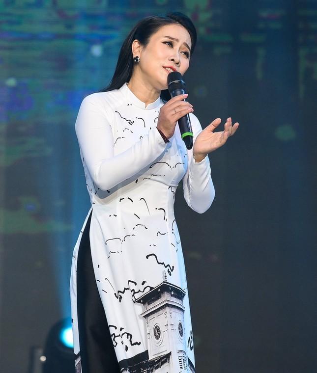 Giọng ca xứ Huế Vân Khánh bị tố chỉ mê phim, không quan tâm con cái ảnh 1