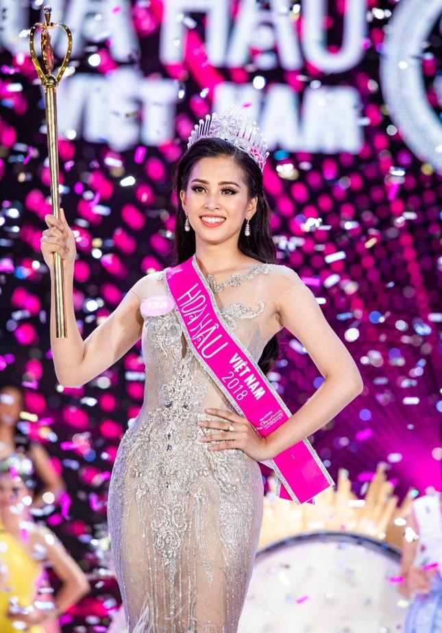 Hoa hậu Việt Nam 2020: Sẽ có những dự án tôn vinh đội ngũ phòng chống COVID-19 ảnh 29