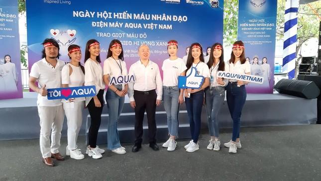 Các Hoa hậu - Á hậu cùng tham gia ngày hội Hiến máu nhân đạo tại Đồng Nai ảnh 1