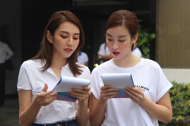 Các Hoa hậu - Á hậu cùng tham gia ngày hội Hiến máu nhân đạo tại Đồng Nai ảnh 3