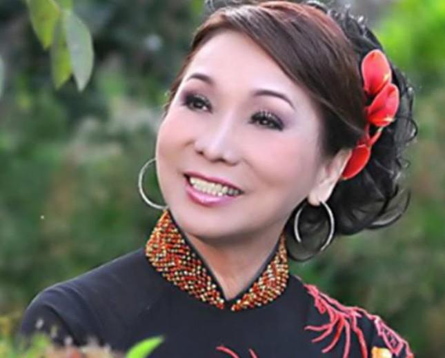 NSND Bạch Tuyết kể về cuộc hôn nhân buồn với danh thủ Phạm Huỳnh Tam Lang ảnh 3