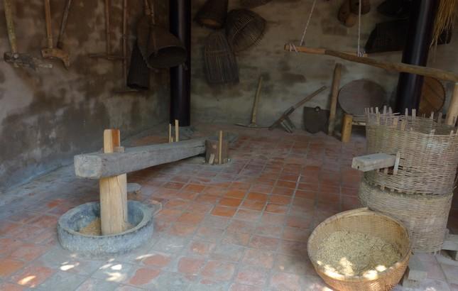 Độc đáo căn nhà truyền thống của đồng bằng Bắc bộ ở TP.HCM ảnh 6
