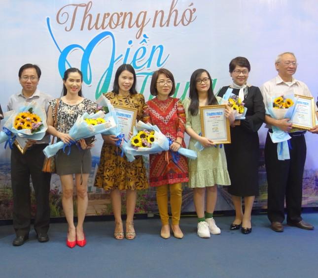 Trên 1.100 bài viết tham dự cuộc thi viết 'Thương nhớ miền Trung' ảnh 2