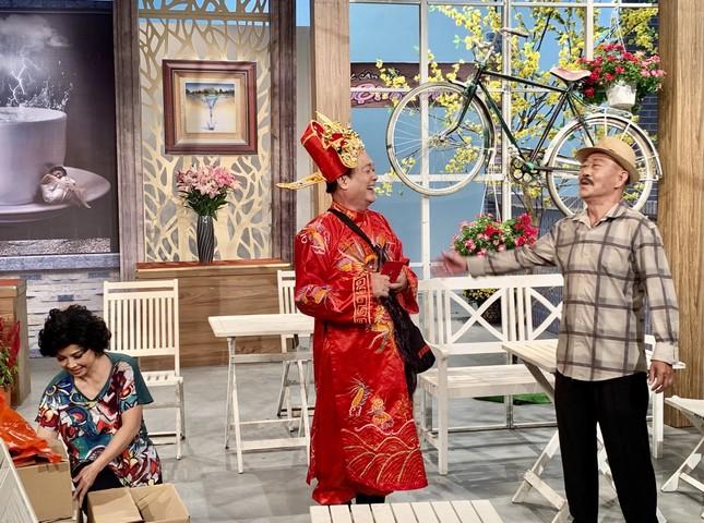 Cười thả ga với 3 chùm tiểu phẩm hài trên HTV dịp Tết ảnh 2