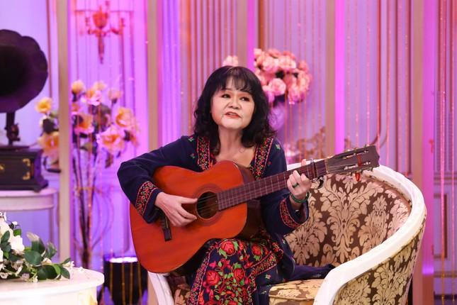 Vợ nhạc sĩ Phạm Thế Mỹ trân trọng và biết ơn người vợ trước của chồng ảnh 4