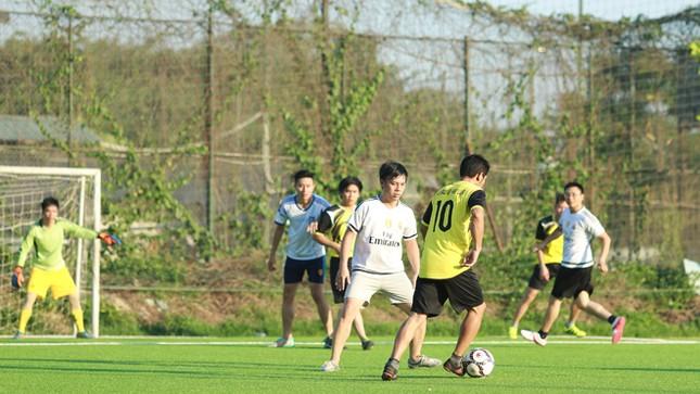 Đội bóng Tiền Phong vào tứ kết Cup Trung Thành 2017 ảnh 5