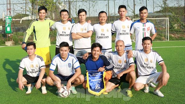 Đội bóng Tiền Phong vào tứ kết Cup Trung Thành 2017 ảnh 4