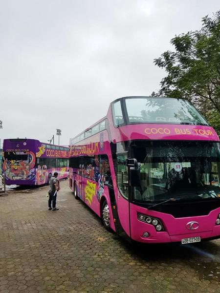 Xe buýt 2 tầng đón đội tuyển U23 Việt Nam có gì đặc biệt? ảnh 1