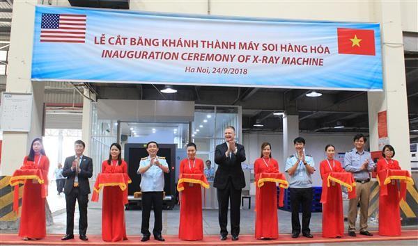 Việt Nam tiếp nhận máy soi hàng hóa 4,6 tỷ đồng ảnh 1