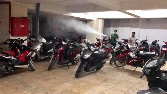 Đoàn Thanh niên Báo Tiền phong vệ sinh công sở phòng chống dịch Covid-19 ảnh 15