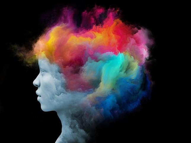 Đâu là ranh giới giữa cảm xúc thực và cảm xúc ảo chia sẻ trên mạng xã hội? ảnh 9